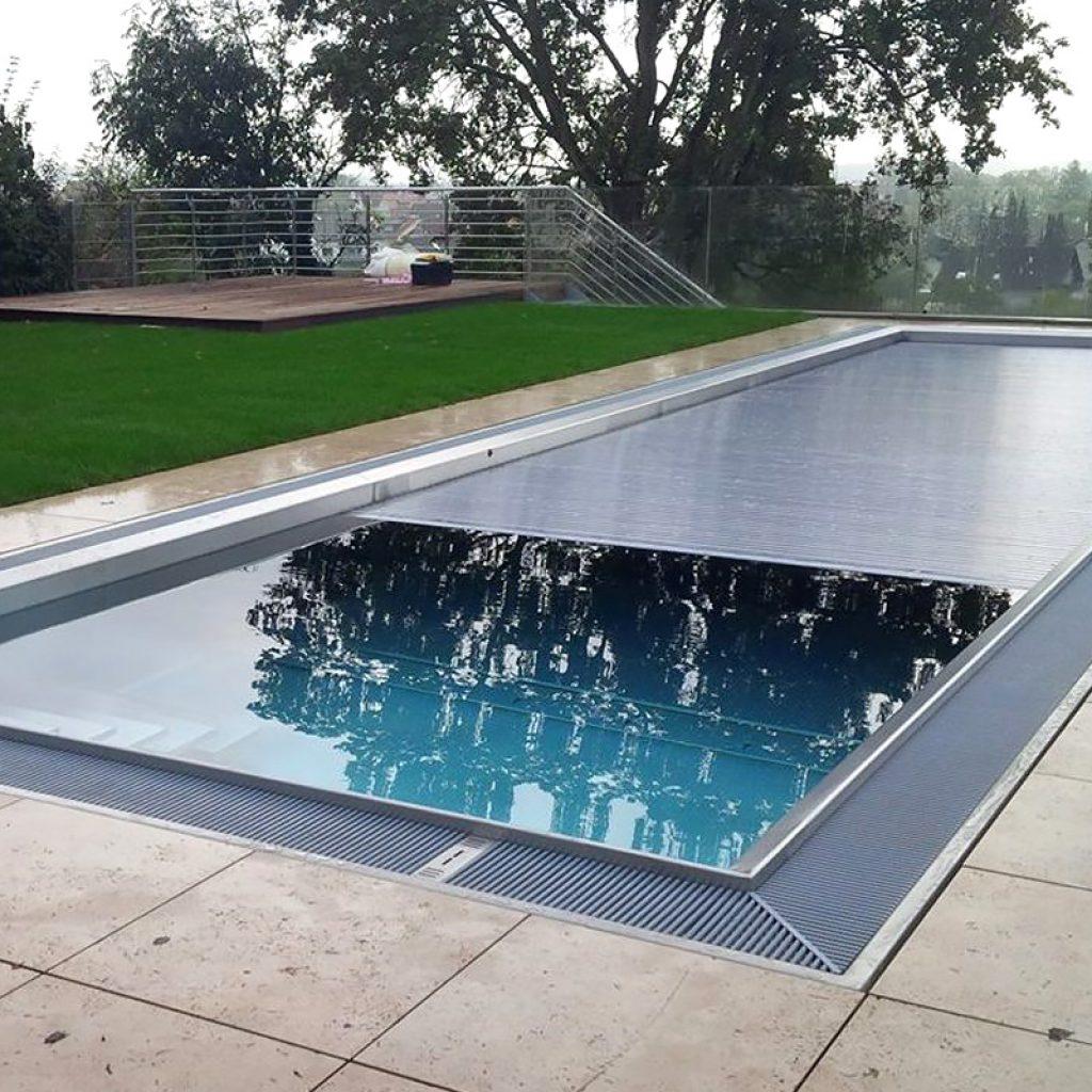 roll abdeckung schwimmbecken rs. Black Bedroom Furniture Sets. Home Design Ideas