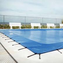 Bedingungen für Schwimmbeckenüberwinterung